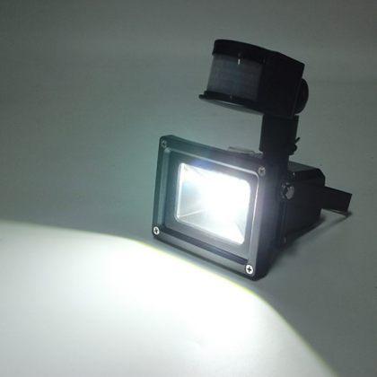 5W Outdoor COB LED Solar Flood Light with PIR Motion Sensor and Adjustable head