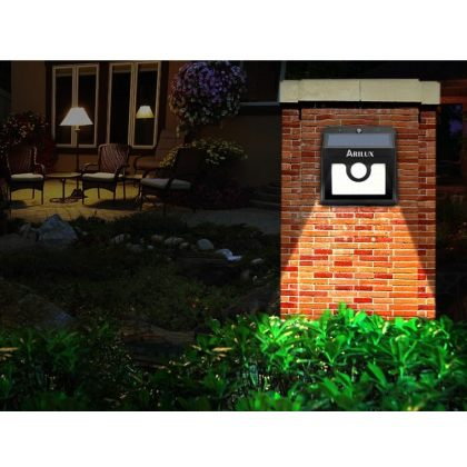 Compact Emergency Bright 2W 30 LED Solar Security Wall Light with PIR Motion Sensor